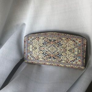 Patterned wallet